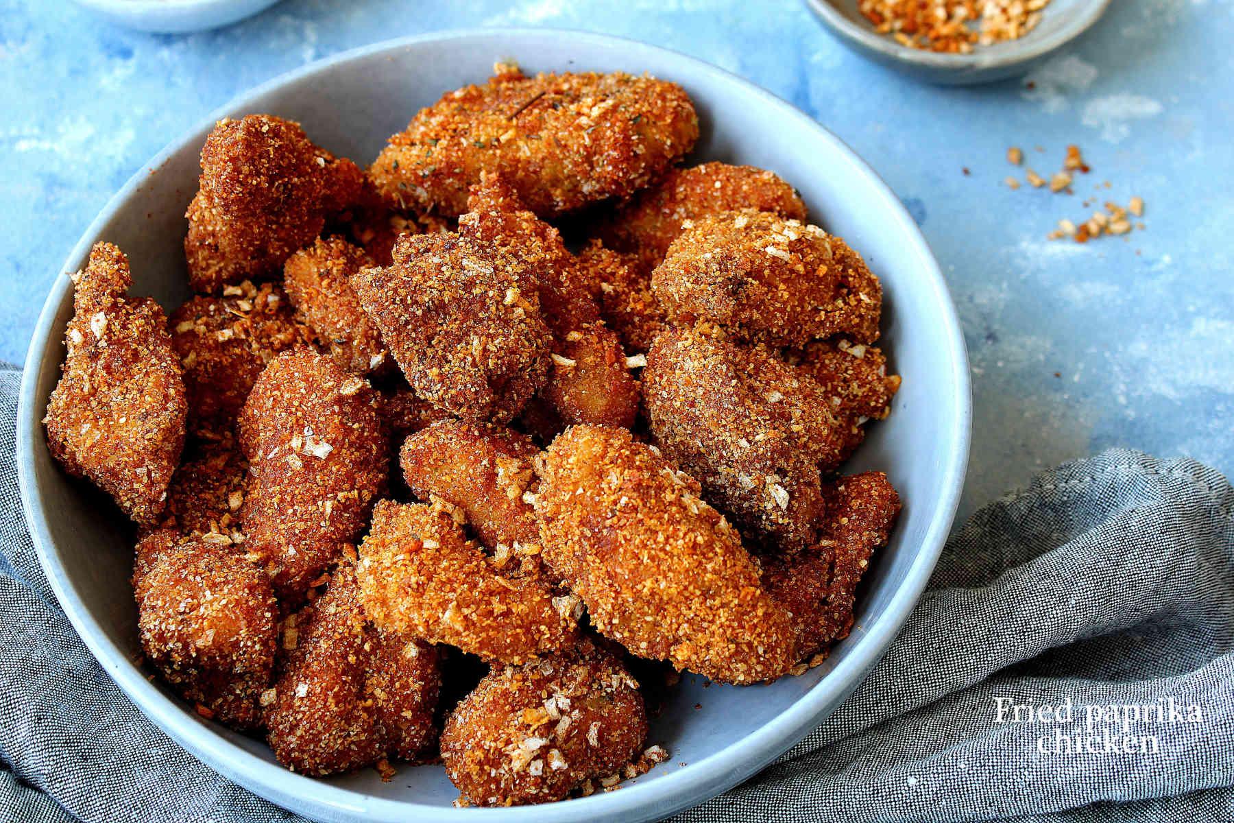 Poulet frit aux paprika et épices