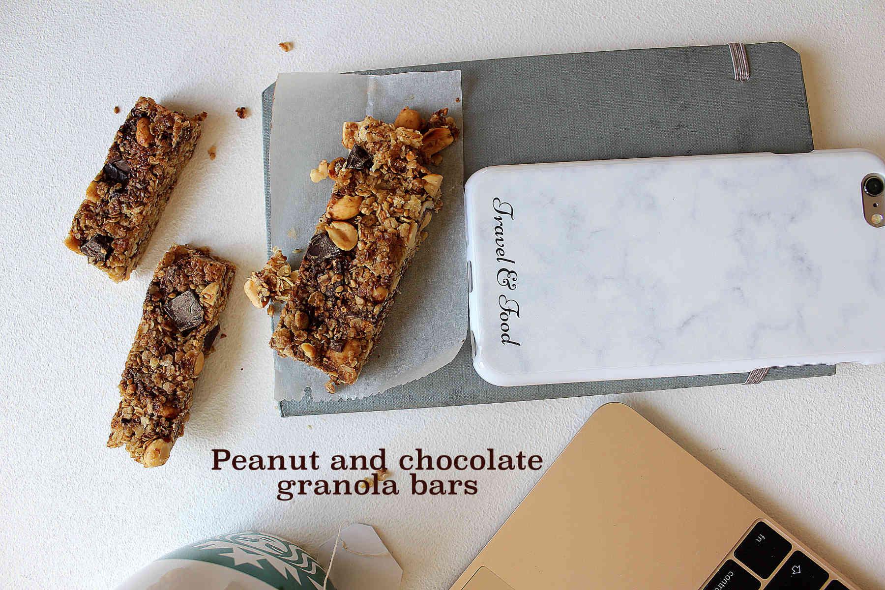 Homemade chocolate and peanuts granola bars