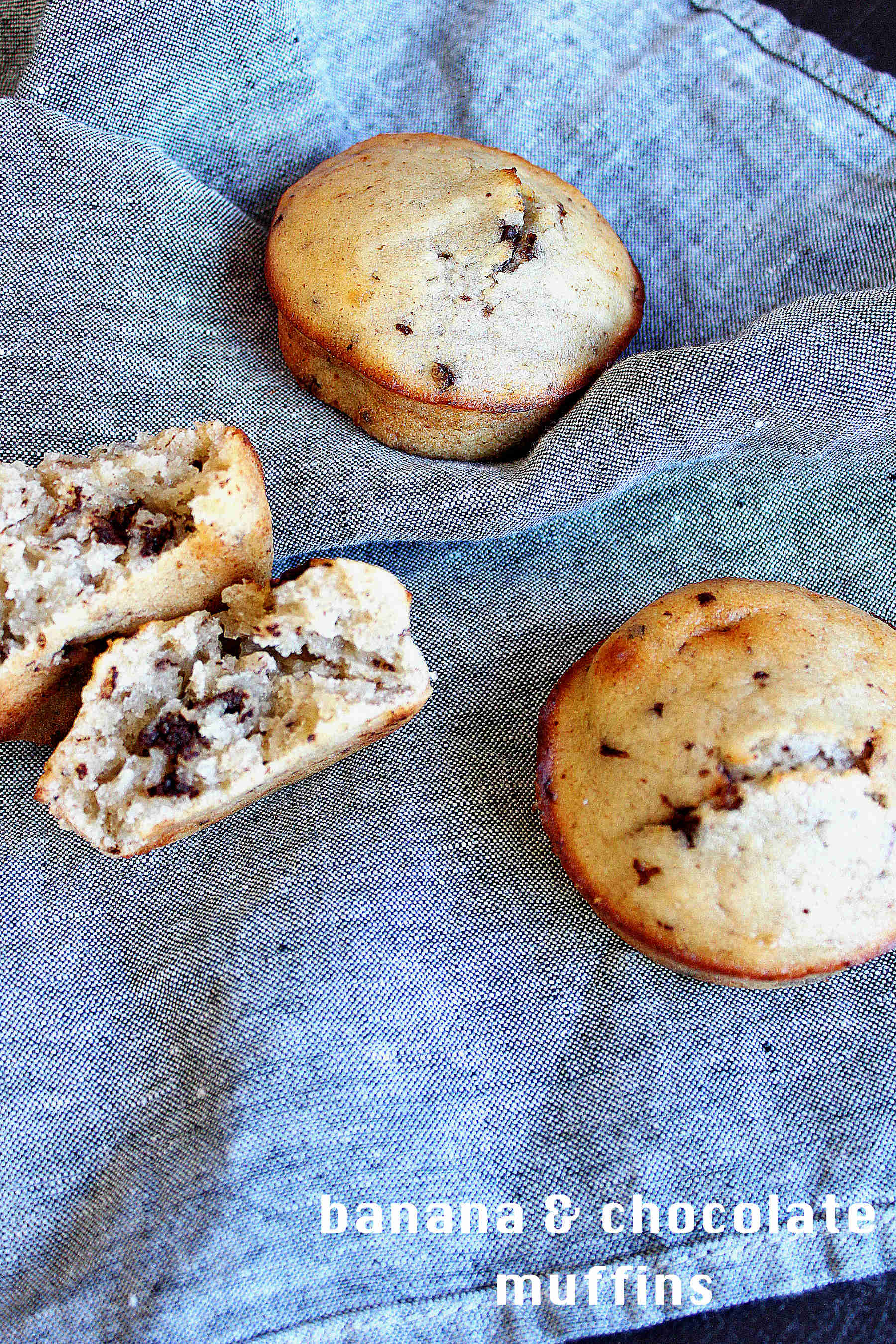 The moistest banana + chocolate chips muffins