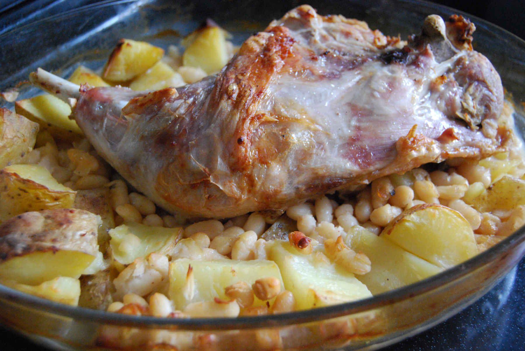 Cuisse de dinde aux haricots blancs et pommes de terre