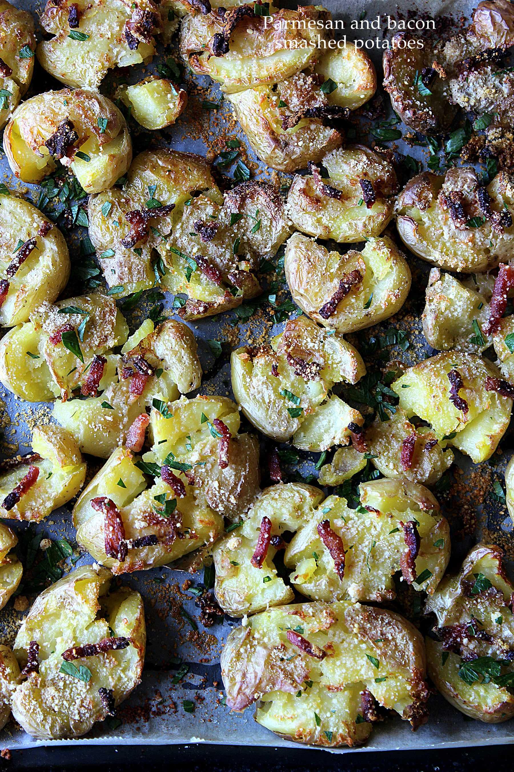 Smashed potatoes au parmesan et au bacon