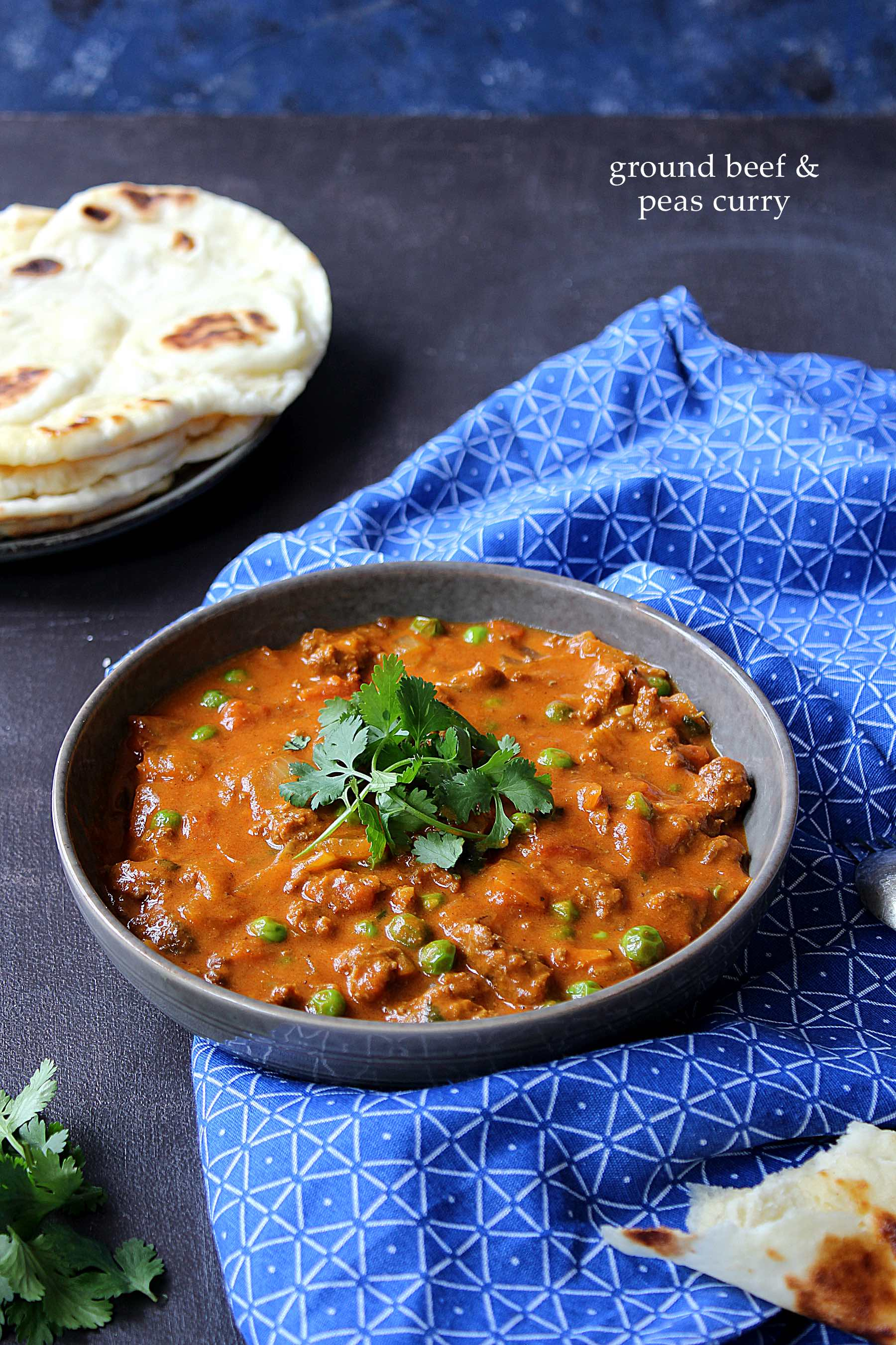 Ground beef and peas curry
