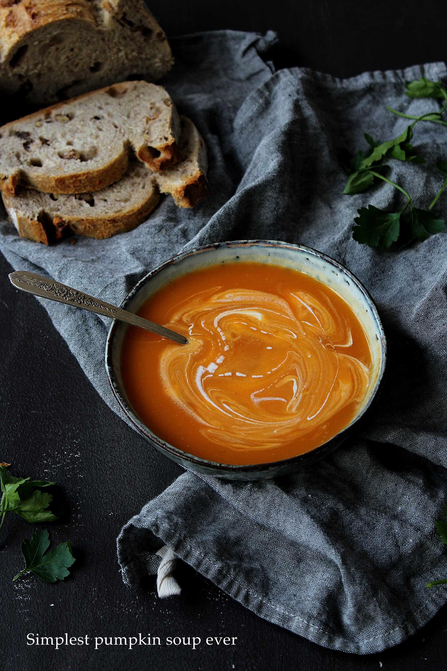 Soupe à la courge super simple (5 ingrédients)