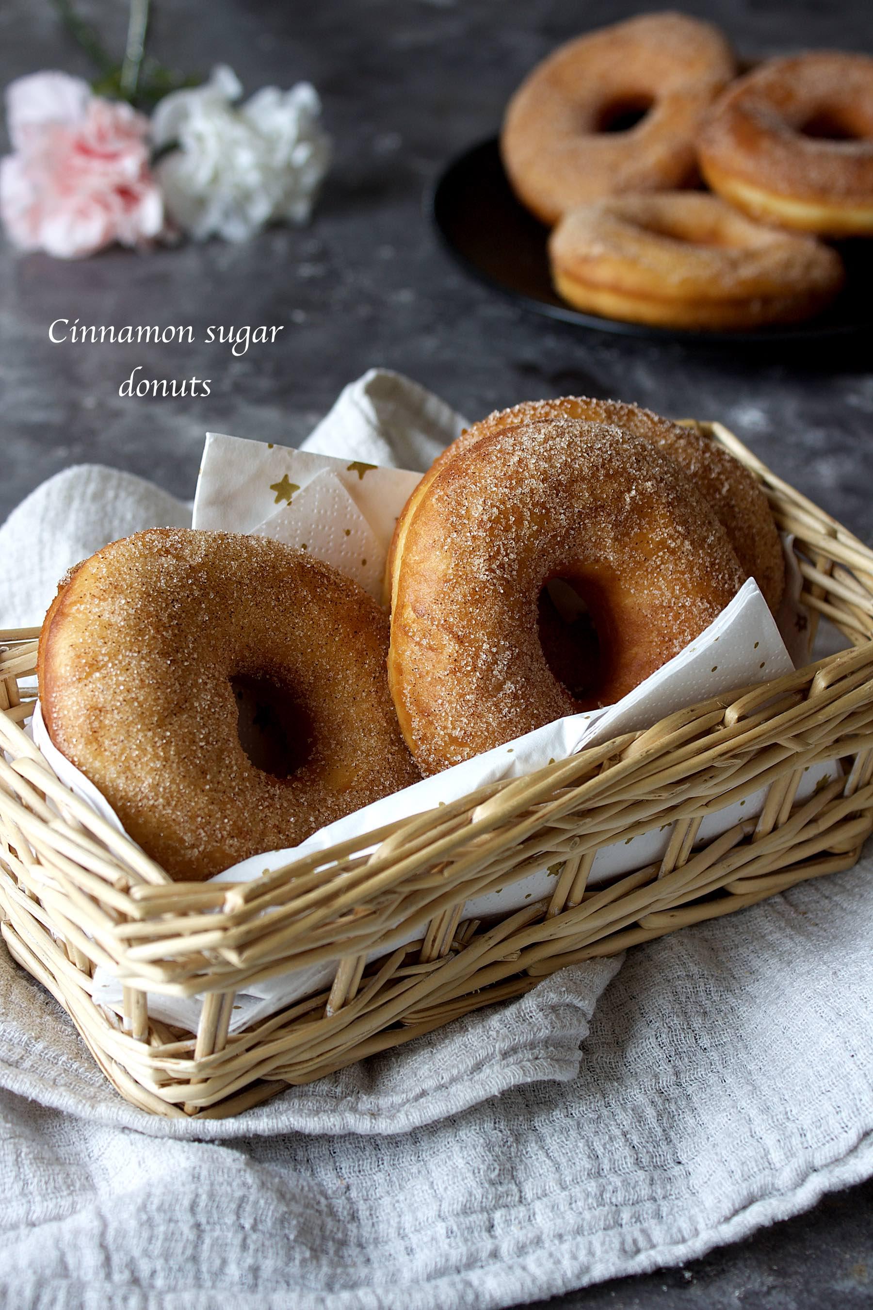 Donuts au sucre à la cannelle
