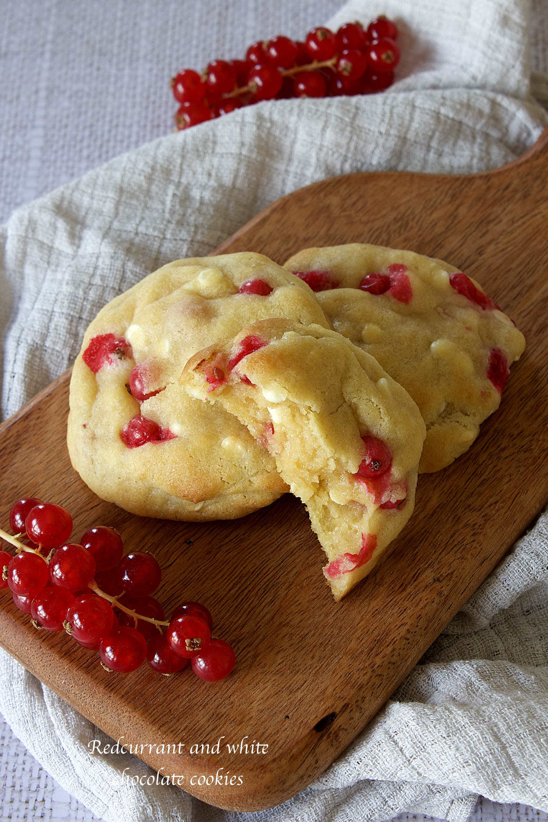 Redcurrant and white chocolate cookies